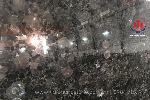 Đá Granite xà cừ kim cương